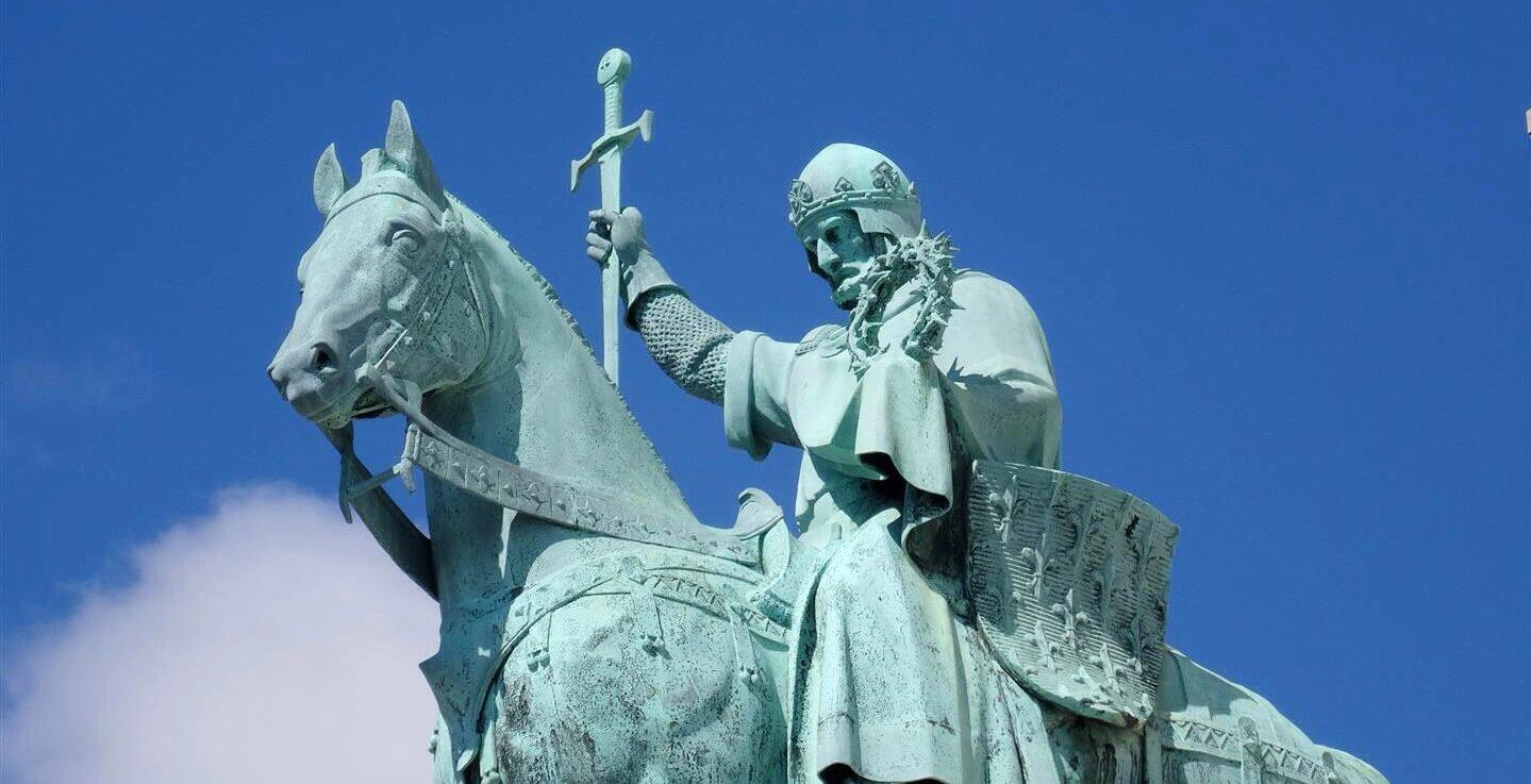 Why the Catholic World needs a Catholic Army this year