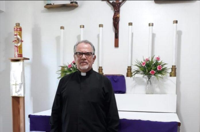 Samuele Colombo intervista Don Ruben, sacerdote una cum Papa Benedetto!