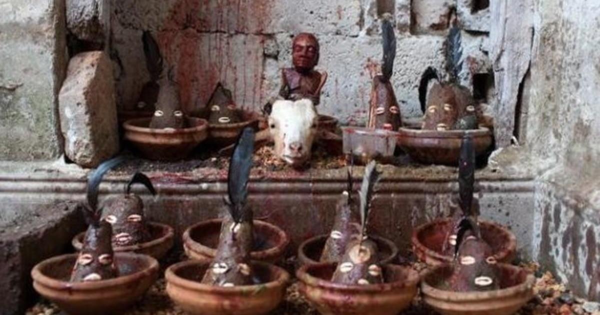 """Tra Pachamama e Santeria: le """"relazioni pericolose"""" della chiesa di Bergoglio"""