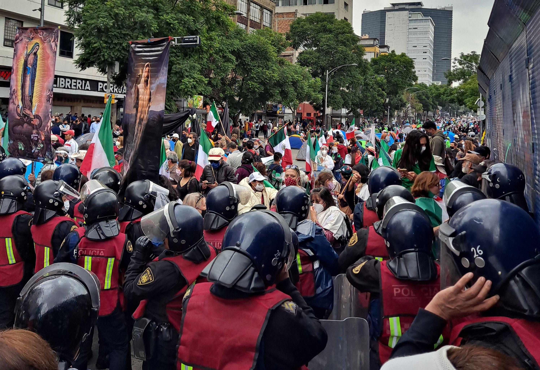 Friedlicher Protest in einer Diktatur– Eine Anleitung