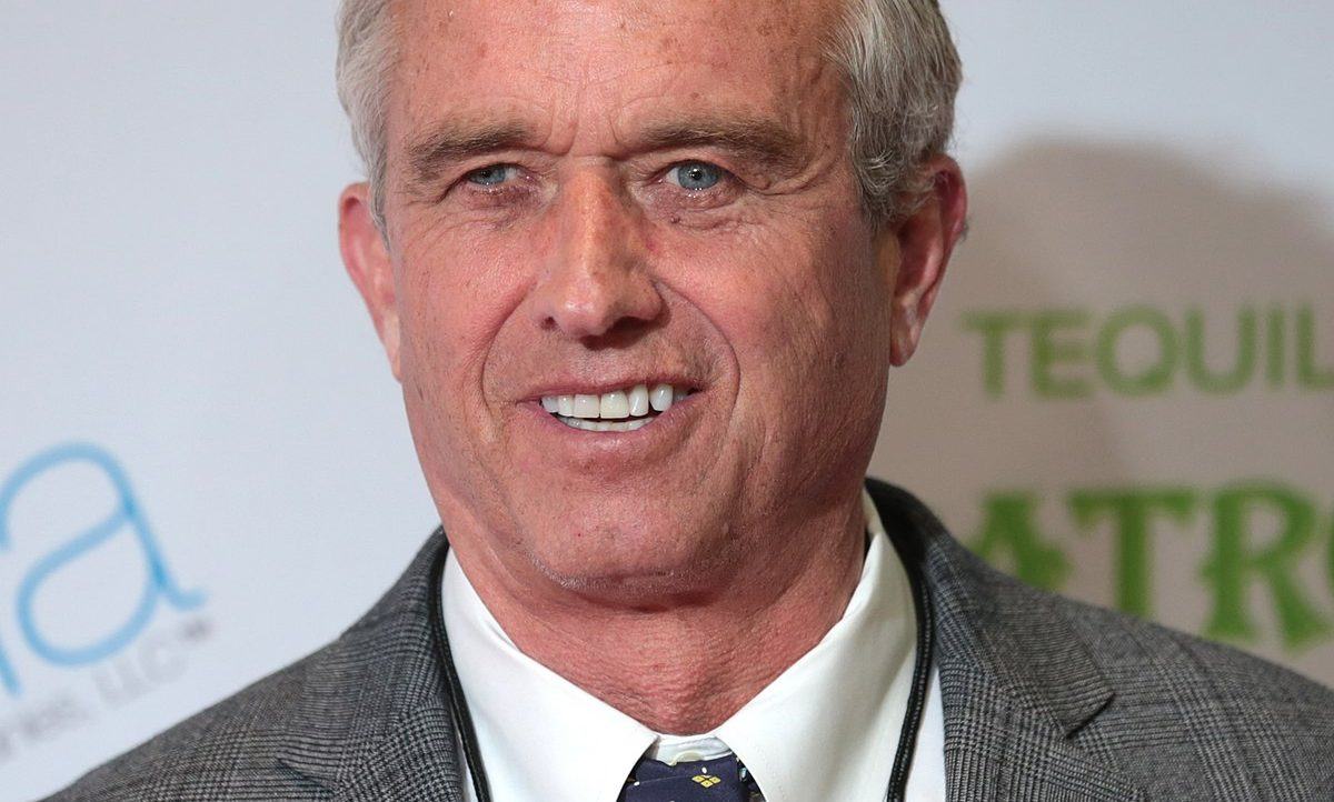 Robert F. Kennedy, Jr.: Do not take the Covid-19 Vaccines!