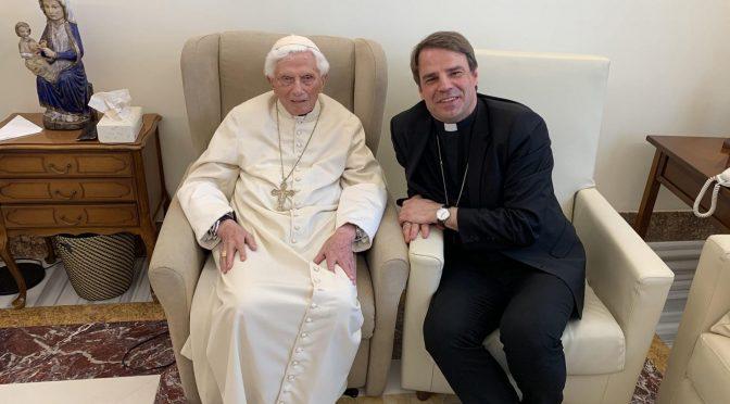 Bishop of Passau visits Pope Benedict XVI