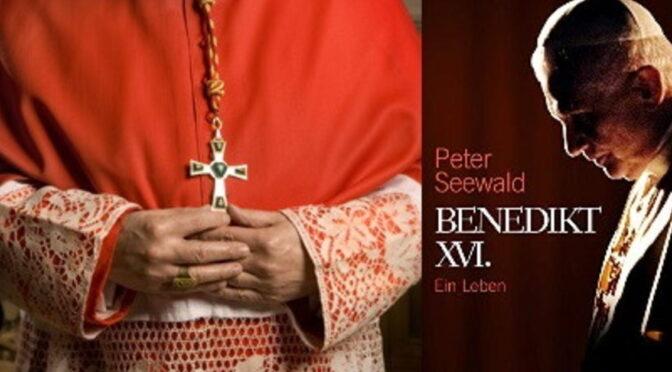 Pope Benedict XVI declares that He still holds the Petrine Mandate