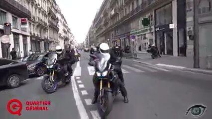 France: Anti-Passport Protestors boldly drive back Police